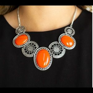 PAPARAZZI ORANGE AND SILVER NECKLACE